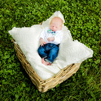 Baby Photos at Cedar Valley Farm Nashville